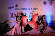 Vietnamese students in Russia join summer camp
