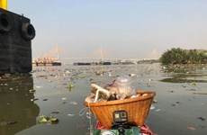 Bangkok City Hall urges public not to litter Chao Phraya River