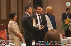 "Sheikhul Islam, Foreign Ministry host ""Meet the Ambassador Lunch Talk"""
