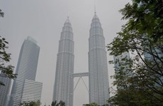 Thousands of schools in Malaysia, Indonesia close due to smog