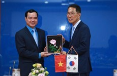 Vietnam, RoK enhance trade union cooperation