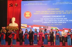 Exhibition features photos, documentaries on ASEAN Community