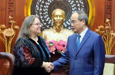 HCM City leader receives new US Consul General