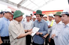 PM urges completion of Trung Luong–My Thuan expressway in early 2021