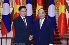 Vietnam-Laos relations of special solidarity enjoy substantive progress
