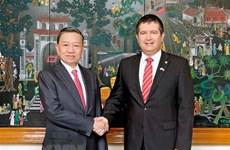 Vietnam, Czech Republic boost cooperation in crime combat