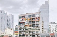 Decrepit buildings find new commercial use in cities