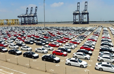 Vietnam's car imports soar in first nine months