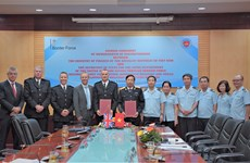 Vietnam Customs, UK border force enhance cooperation