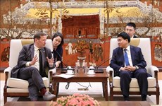 Hanoi looks to boost educational cooperation with UK