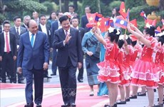 Lao press highlights PM Thongloun Sisoulith's visit to Vietnam