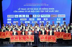 Nearly 200 outstanding Hanoi enterprises honoured