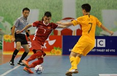 Vietnam win first match of futsal champs
