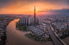 Vietnam attracts investors in the face of economic uncertainty