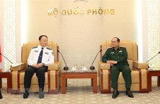 Chinese immigration officials welcomed in Hanoi