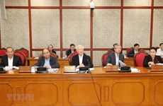 Politburo examine development of Hue, Buon Ma Thuot cities