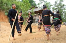 Kho Mu people's unique music at Museum of Ethnology