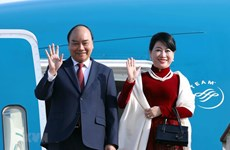 PM Nguyen Xuan Phuc begins official visit to Republic of Korea