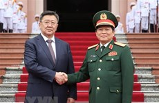 Vietnamese, Mongolian Defence Ministers hold talks in Hanoi