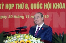 PM Nguyen Xuan Phuc meets voters in Hai Phong