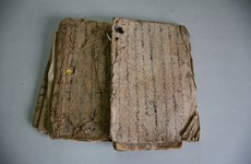 My Son Sanctuary receives ancient Cham script books