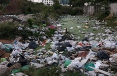 Thai government works to reduce plastic waste