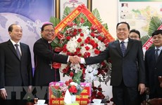 VFF President extends Christmas greetings in Dak Lak