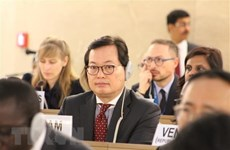 Vietnam attends Global Refugee Forum in Geneva