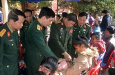Vietnamese, Laos armies join hands in public health care