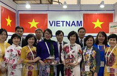 Vietnam attends traditional medicine exhibition in India