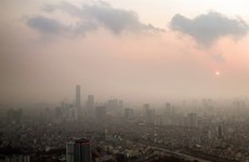 Hanoi schools to shut on bad air days