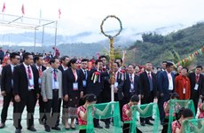 Vietnam-Laos-China 'con' throwing festival takes place in Lai Chau