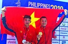 After SEA Games, swimmer Tran Tan Trieu hits open waters