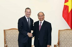 PM Phuc receives US Development Finance Corporation head