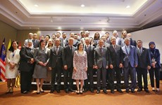 High-level symposium talks intra-ASEAN trade