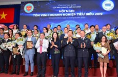 HCM City: top 200 contributors to local budget honoured