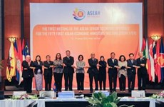 ASEAN senior economic officials meet in Hanoi