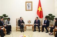 Deputy PM Vuong Dinh Hue receives Chinese Ambassador