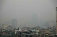 Experts discuss ways to ease air pollution in Hanoi