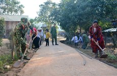 Soldiers give new look to poor village in Dien Bien