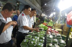 HCM City steps up food inspection to ensure safe Tet