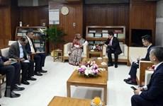 Bangladeshi PM receives new Vietnamese Ambassador