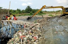 Indonesia: West Java to build plastic waste-to-fuel plants
