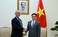Vietnam expects stronger ties with Int'l Social Security Association: Deputy PM