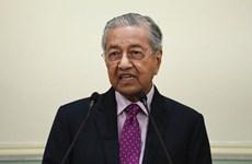 Malaysia unveils economic stimulus package
