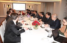 Vietnam seeks stronger economic cooperation with UK, India