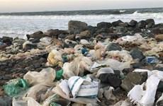 Khanh Hoa looks to halve marine plastic waste by 2025