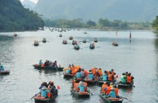 Ninh Binh province closes tourist sites as virus fears mount
