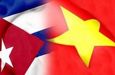 Vietnamese, Cuban youth unions boost ties
