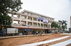 Hanoi leader lauds rapid hospital construction in response to COVID-19